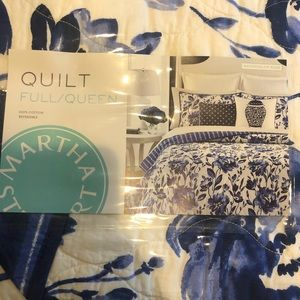 NWT Martha Stewart Full/Queen Quilt